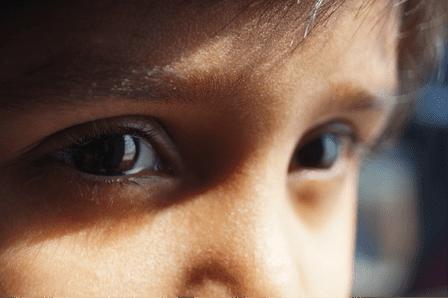Des yeux pour parler