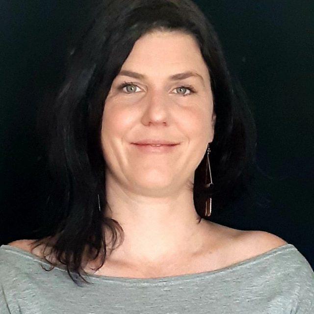 Julie Dion